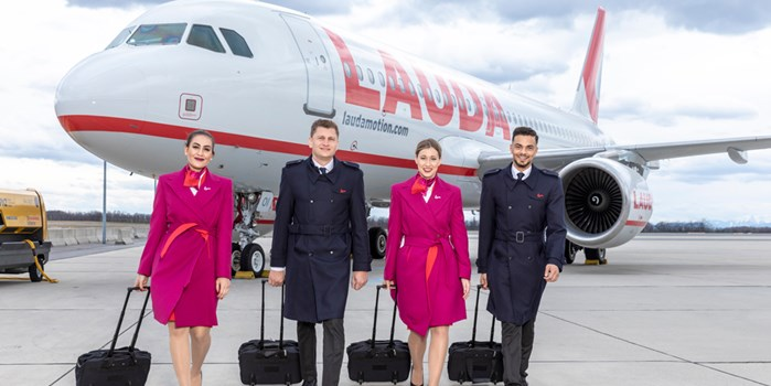 Laudamotion - aircraft and crew